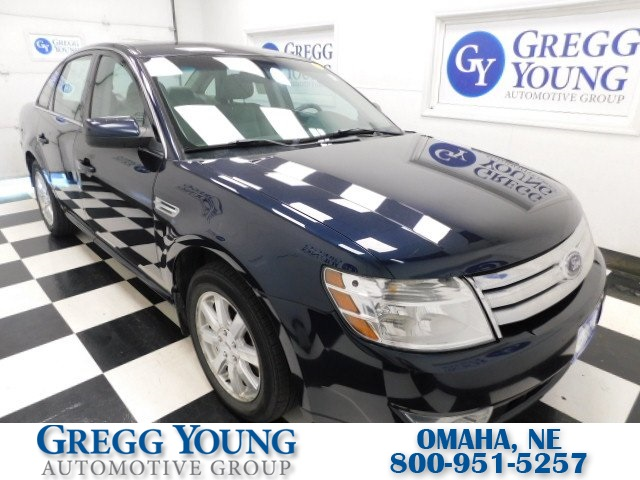 Pre-Owned 2009 Ford Taurus SE